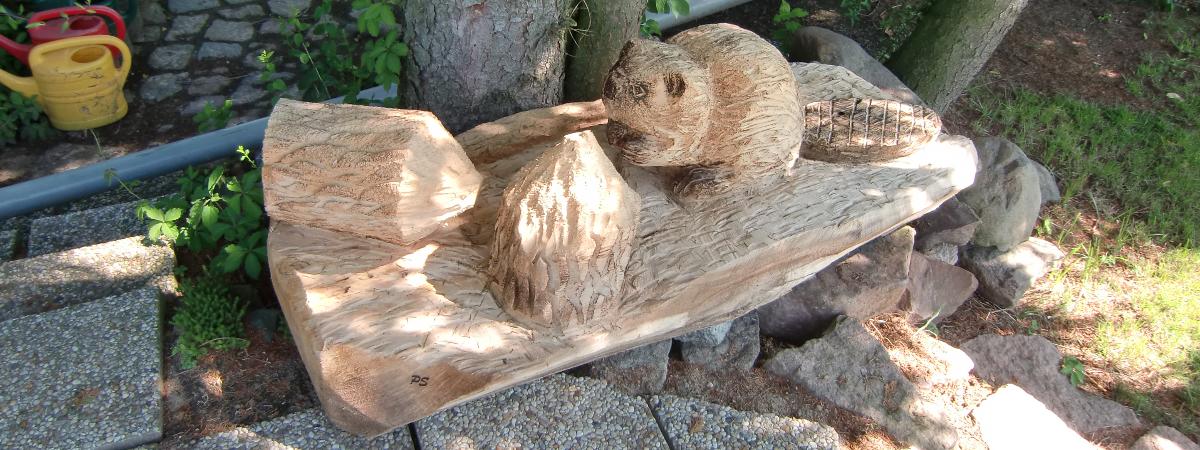 Individuelle Holzskulpturen aus der Tierwelt