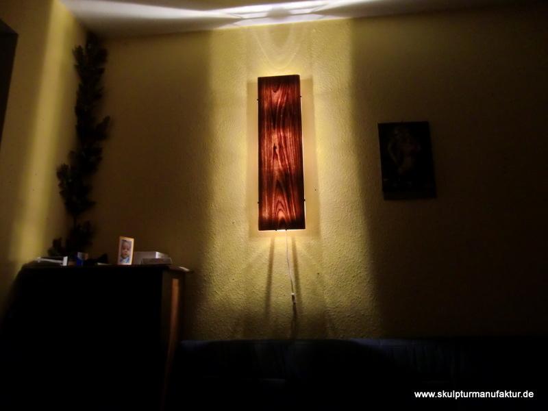 Wandlampe, Nussbaum