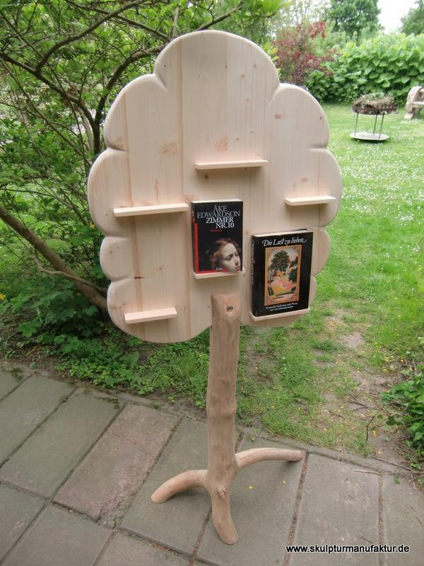 Bücherbaum